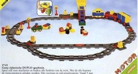 Deluxe Electric Train Set